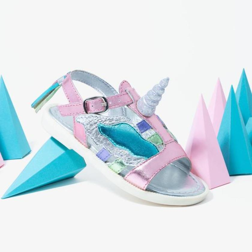 Especial moda niños sandalias de unicornio Conguitos.