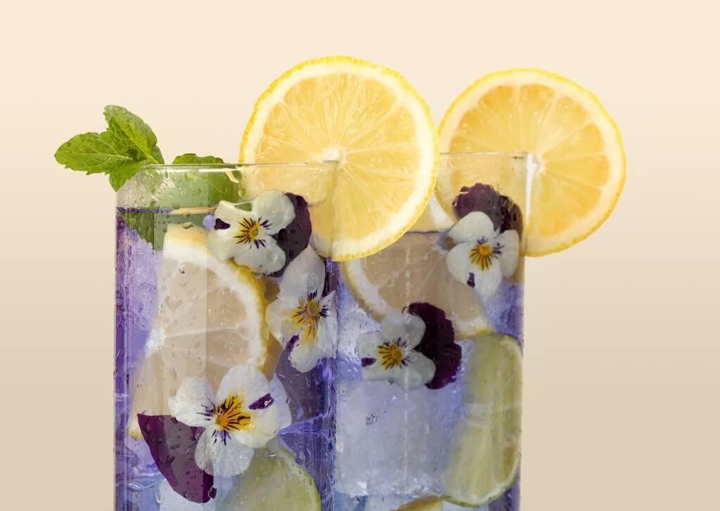 Viola Cocktail