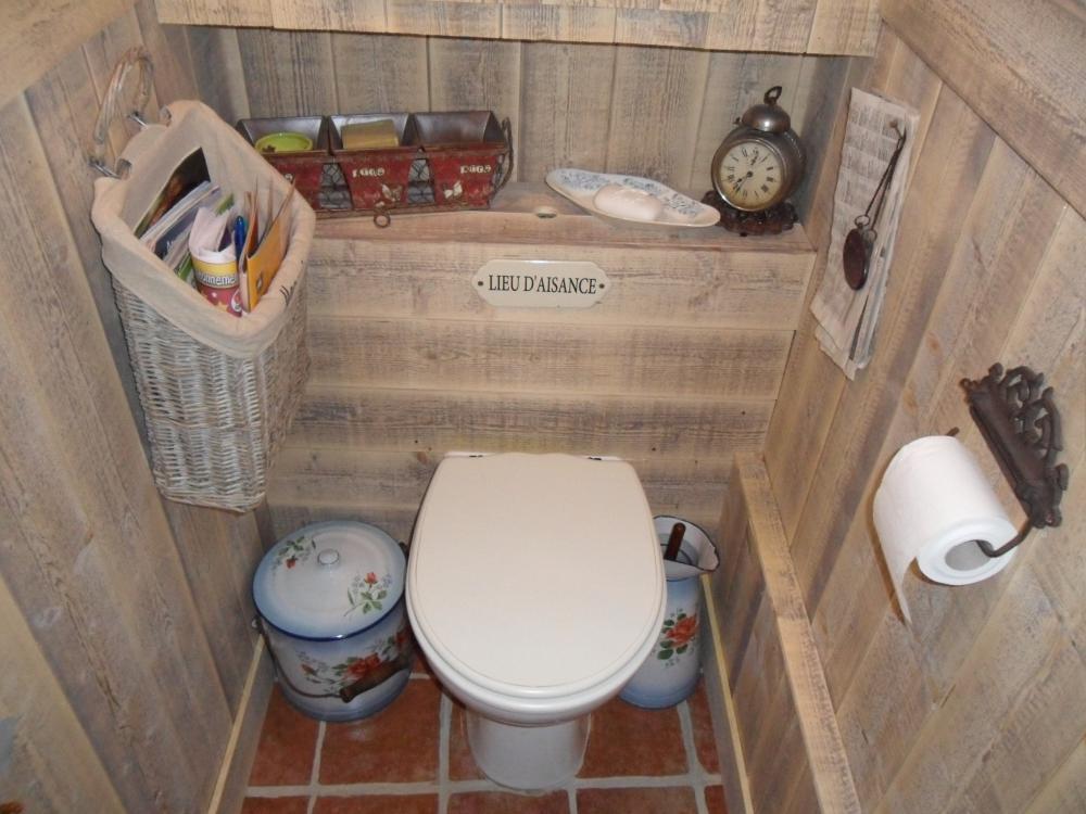 Toilette Seche Au Fond Du Jardin - Décoration de maison idées de ...