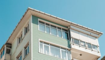 Who is responsible for apartment damages