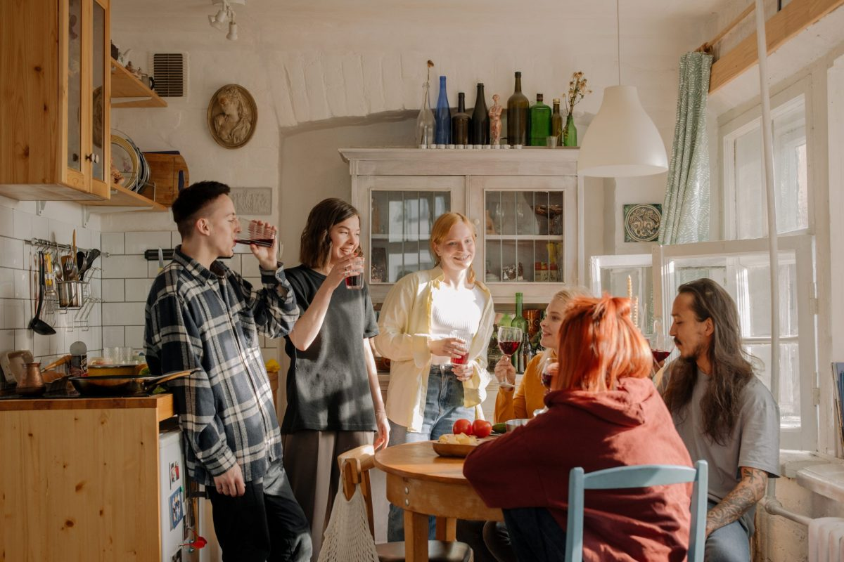 photo showing what living with roommates is like in a co-living space