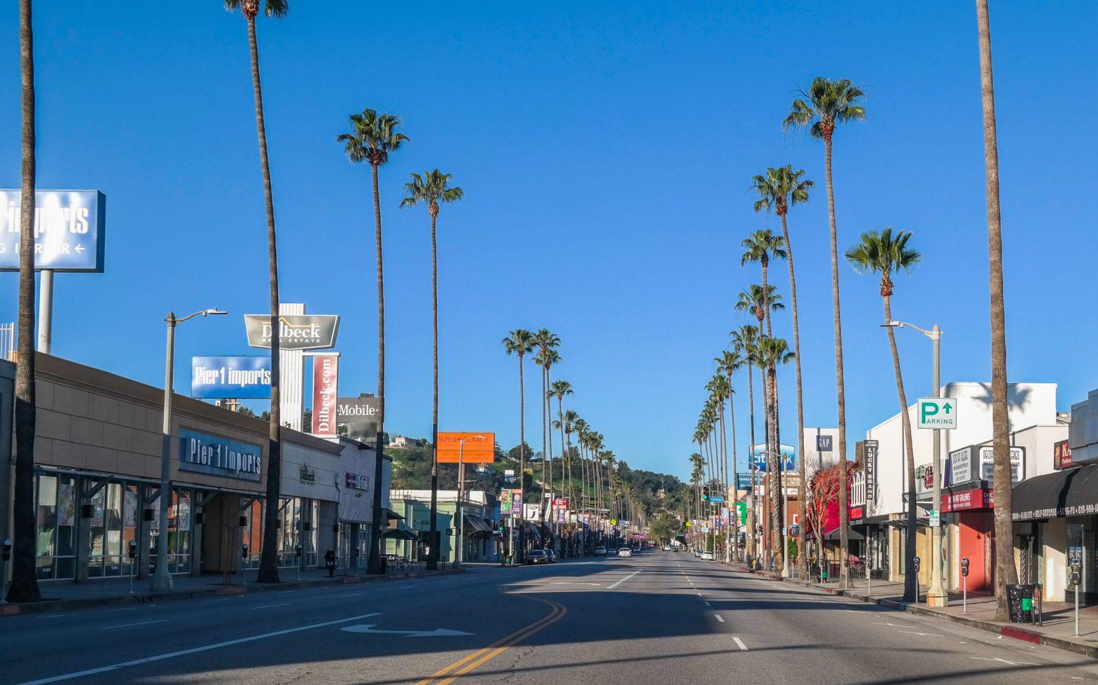 Street-in-Studio-City-LA