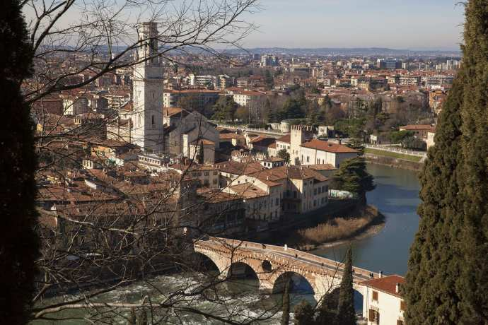 A view of Verona. Find our how to take a day trip to Verona from Venice in our blog!