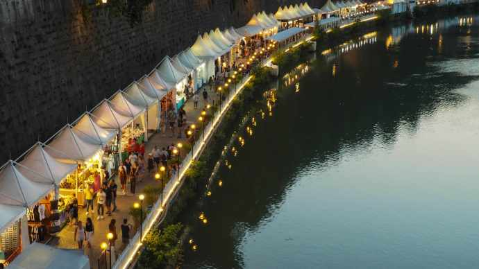 Rome river side markets | Alternative things to see and do