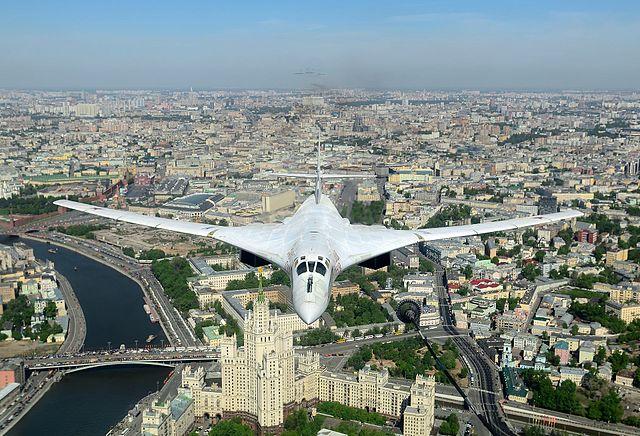 tu-160 sobre moscu