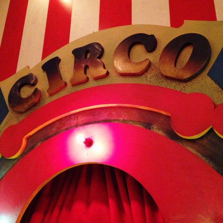 SPFW Lounge Glamour Circo