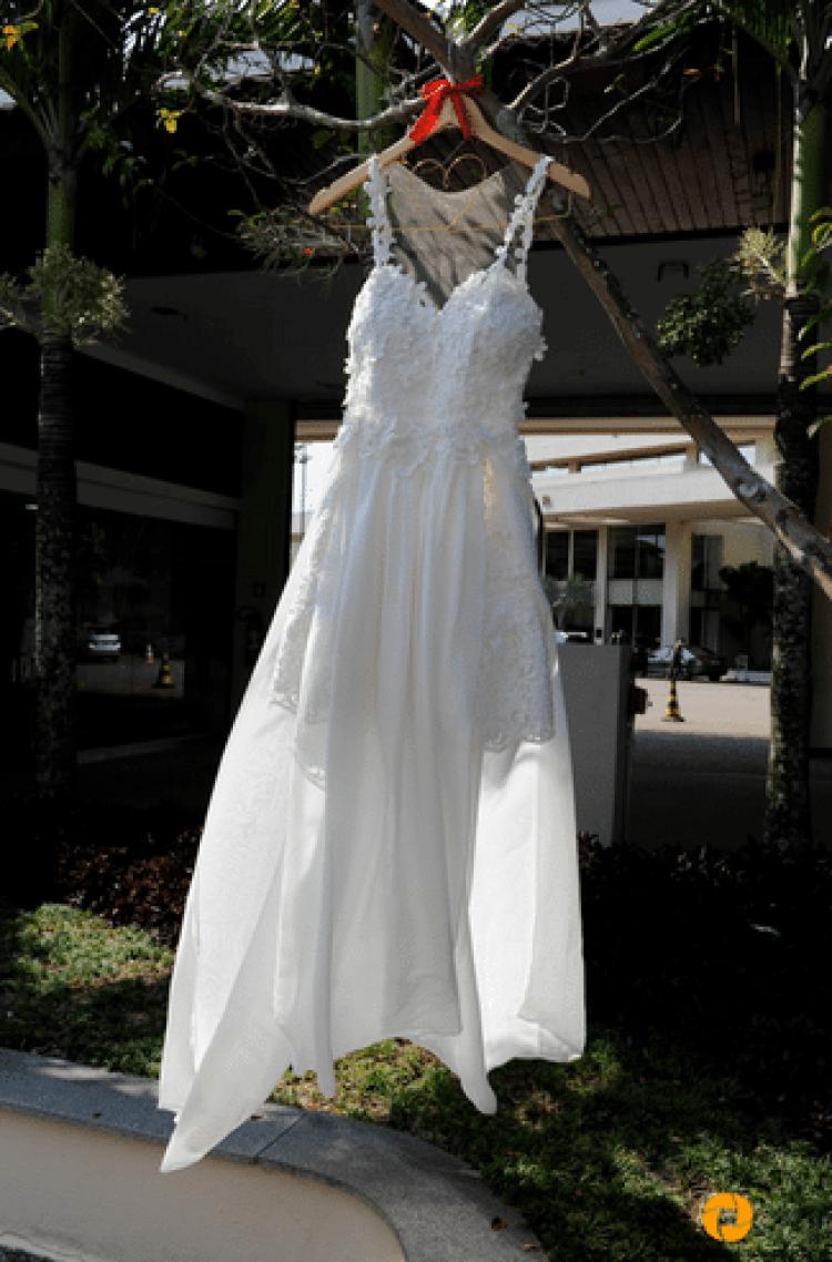 vestido noiva casamento na praia