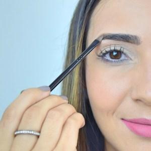 Sobrancelhas: acerte o desenho com maquiagem