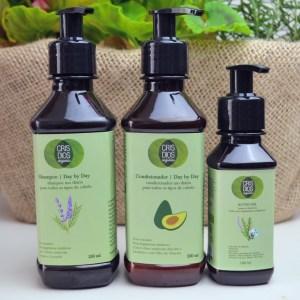 Cabelo hidratado com ingredientes orgânicos