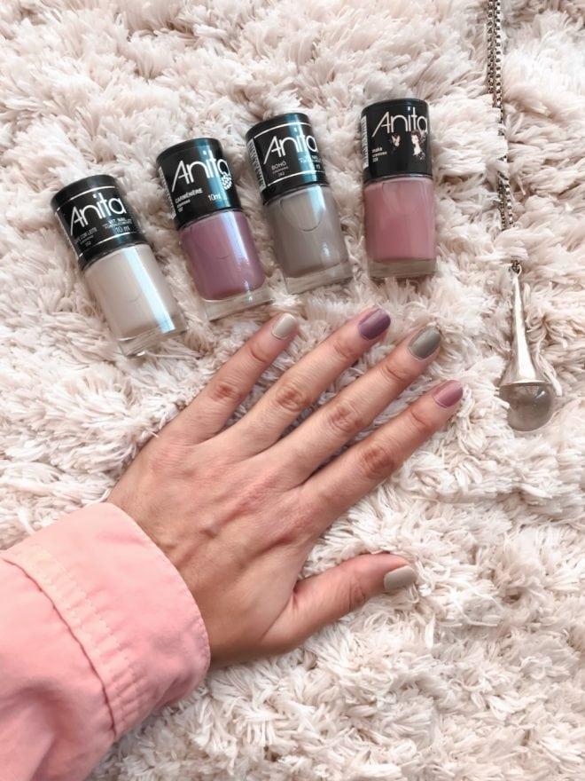 Tendência das unhas coloridas,a moda de usar uma unha de cada cor