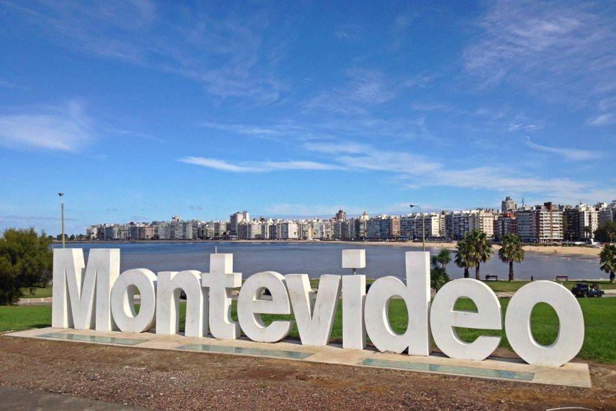 Passagens Aéreas ida e volta para Montevidéu a partir de R$ 877