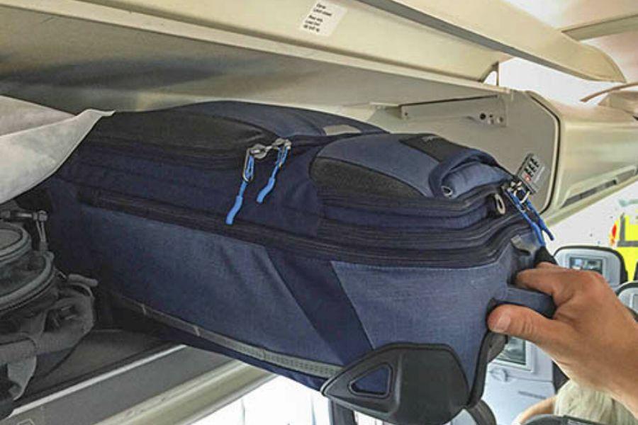 21078e5b3 Desapegue: viajar apenas com a mala de mão tem suas vantagens ...