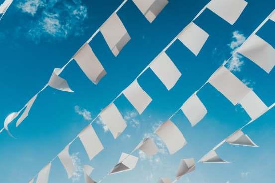 LA CHAÎNE DU LIVRE - commercialiser - papier ciel