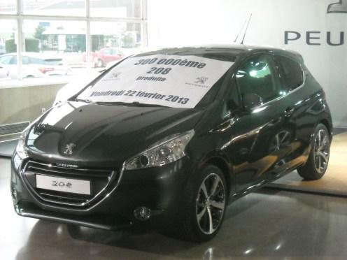 Peugeot 208 300 000 ex Poissy (3)
