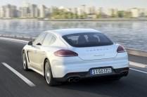 2014-Porsche-Panamera-2[2]