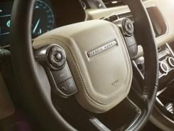 LR_Range_Rover_Sport_Interior_02