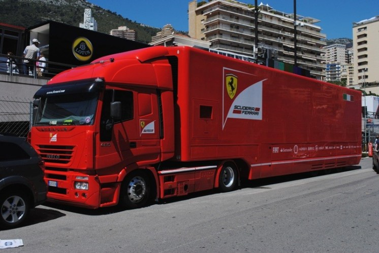 Camion Ferrari F1