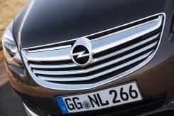 Opel-Insignia-286336-medium