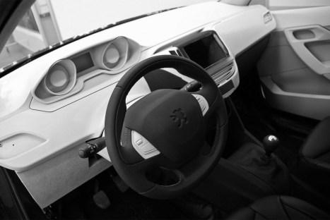 Intérieur Peugeot 208 projet A9 (2)