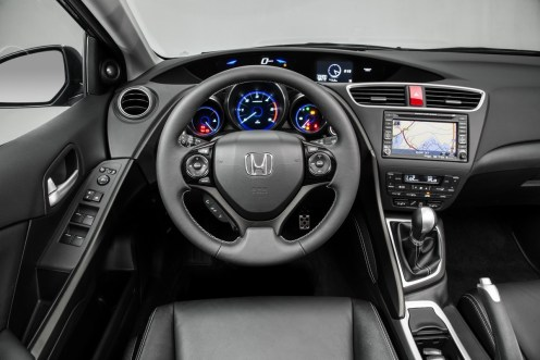 Civic Tourer cockpit
