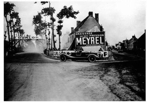 1924 - la première passerelle des 24 HEURES du MANS