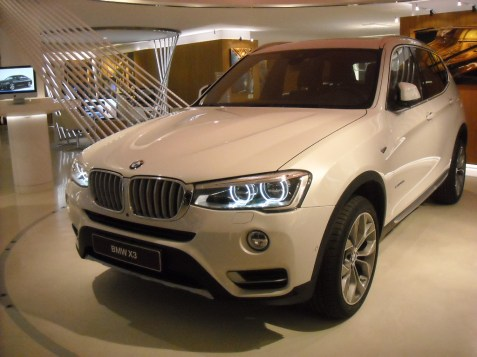 BMW X3 LCI (6) Closed Room
