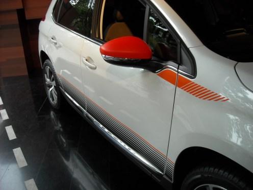 Peugeot 2008 Peugeot Avenue (4)