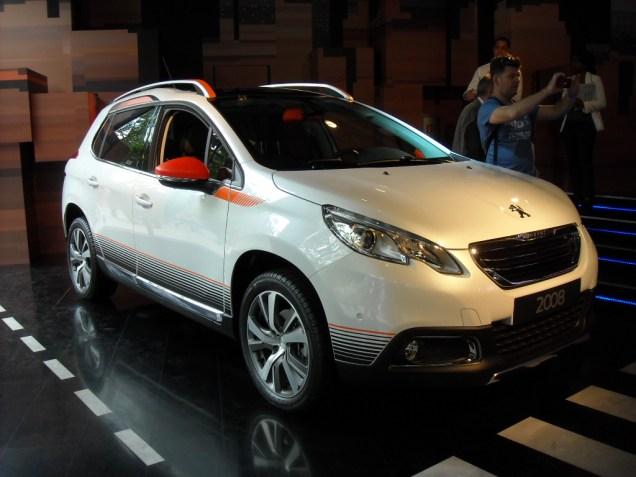 Peugeot 2008 Peugeot Avenue