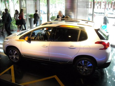 Peugeot 2008 au Peugeot Avenue