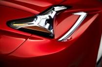 2015-Lexus-RC-headlight