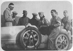 Meo Costantini sur Bugatti Type 35 à la Targa Florio 1925