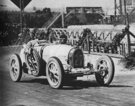Meo Costantini sur Bugatti Type 35 à la Targa Florio 1926