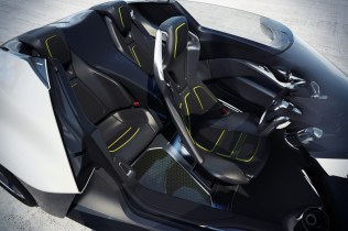 Nissan-Bladeglider-20[2]