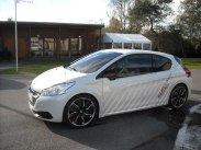 Peugeot 208 HYbrid FE (24)