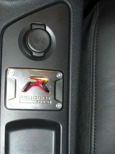 RCZ-R Peugeot (7)
