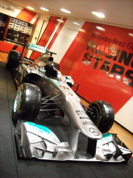 F1 W04 Mercedes (6)