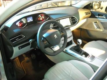 Peugeot 308 II 2013 (5)