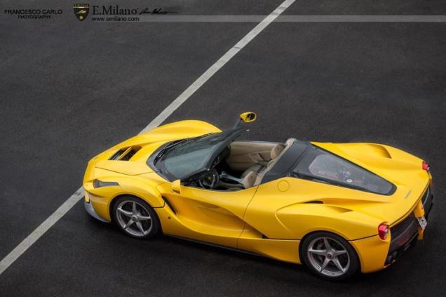 Ferrari La Ferrari Roadster