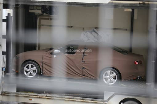 spyshots-2015-audi-a4-b9-first-photos-1080p-1
