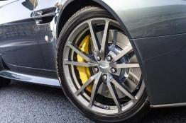 Aston Mastin V8 Vantage N430 (1)