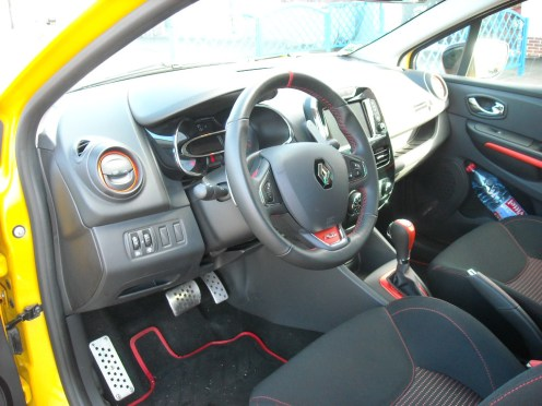 Intérieur Clio IV RS (7)