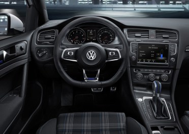 VW-Golf-GTE-4