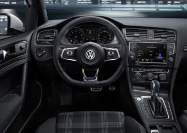 VW-Golf-GTE-4