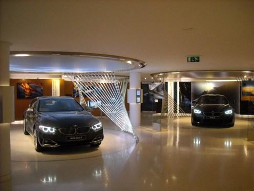 BMW Brand store George V (2)