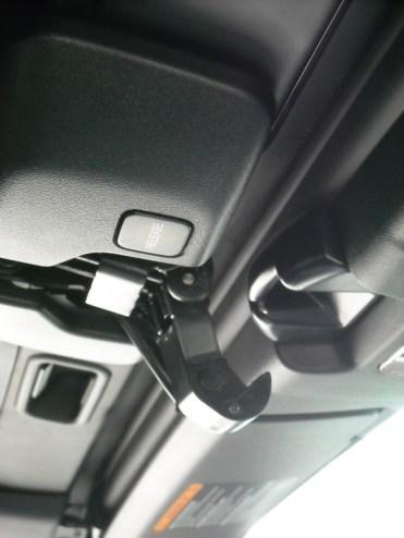 Manipulation Capote Mazda MX-5 (7)
