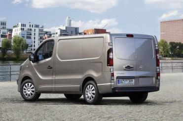 Opel-Vivaro-2014