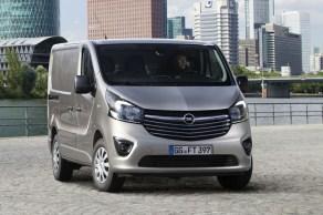 Opel-Vivaro-2014_03