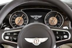 Bentley_Hybrid_Concept_Main_Dials_2