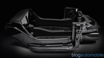 Alfa-Romeo-4C-chassis-carbone