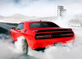 Dodge-Challenger_SRT_Hellcat_2015.10
